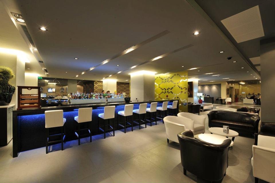 The Lobby Bar Terrace